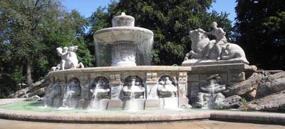 Wittelsbacher Brunnen (Lenbachplatz)