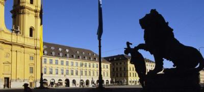 Odeonsplatz mit Feldherrenhalle